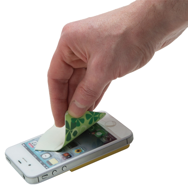 Smartwallet met sticky cleaner