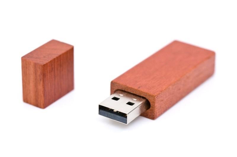 USB Stick hout Bar 8 GB