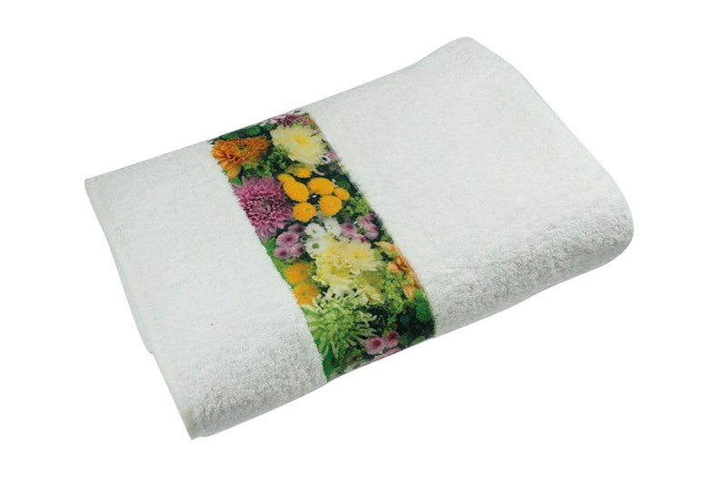 Sophie Muval Towel with Polyester Border Wit