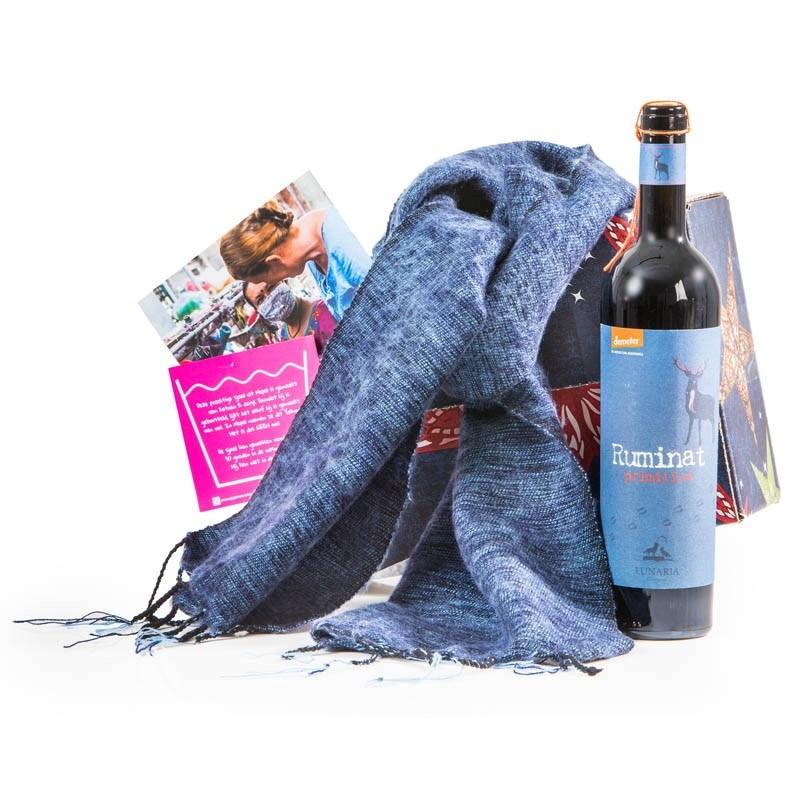 Kerstpakket Sjaal met Verhaal & Primitiovo