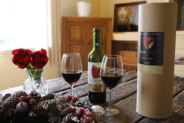 Wijn en tulpen