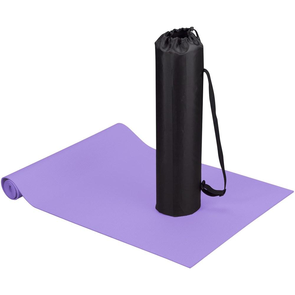 Cobra fitness en yoga mat